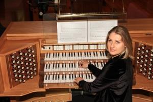 Katya Gotsdiner-McMahan at the organ